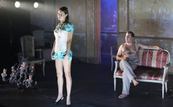 Agatha, au Café de la Danse. Avec Florian Carove et Alexandra  Larangot. Photo Lot.
