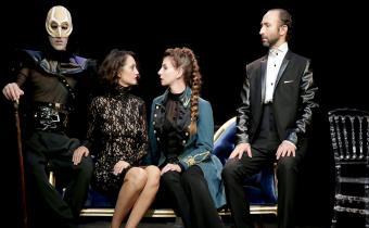 Anna Karénine, au théâtre de la Contrescarpe. Photo Fabienne Rappeneau.