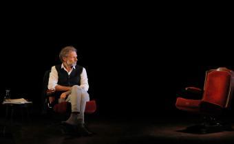 La promesse de l'aube, au théâtre de l'Atelier. Photo Pascal Victor.