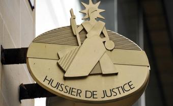 Huissiers de justice.