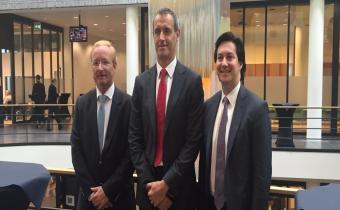 António Campinos (à gauche), Rob Wainwright (au centre) et Danny Marti, leur homologue américain. Photo Euipo