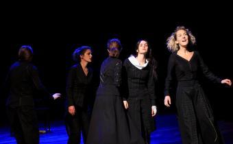 Les Couteaux dans le dos, au théâtre les Déchargeurs. Photo iFou/le Pôle Média.