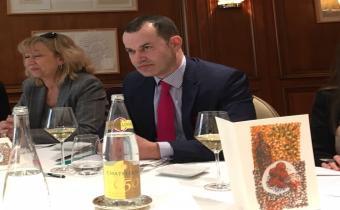 Ghislaine Kapandji, présidente de la Compagnie des commissaires-priseurs de Paris, et  Nicolas Moretton, président de la Chambre nationale, 21 mars 2018. Photo LexTimes.