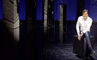 Aimez-moi, de et avec Pierre Palmade, au théâtre du Rond-Point. Photo Fabienne Rappeneau.