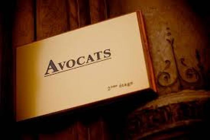 Avocats.