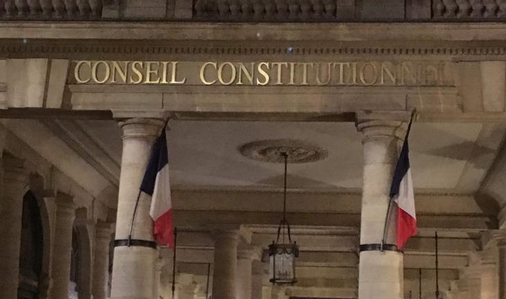 Les deux réserves du Conseil constitutionnel — Délit d'entrave/IVG