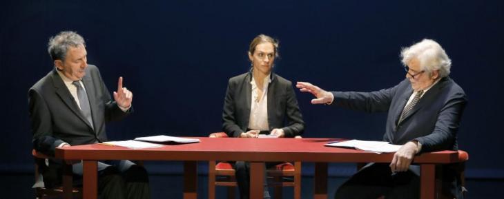 Le débat Mitterrand - Chirac, au théâtre de l'Atelier. Avec Jacques Weber en Mitterrand et François Morel en Chirac.
