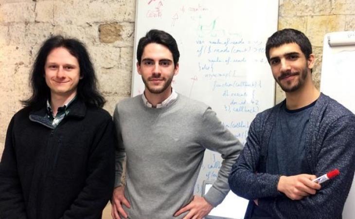 De g. à dr., Raphaël Champimont, Nicolas Bustamente et Antoine Dusséaux, co-fondateurs de doctrine.fr.