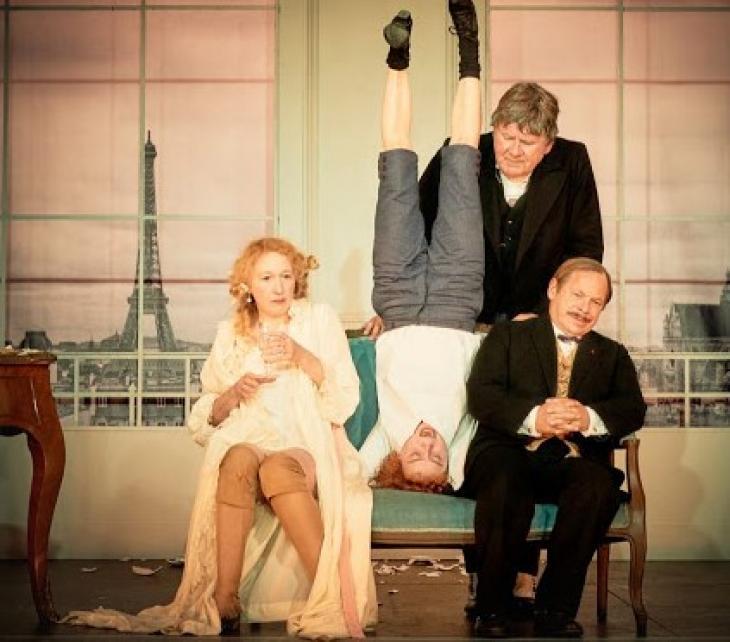On purge bébé, au théâtre de l'Atelier. Photo Caroline Moreau.