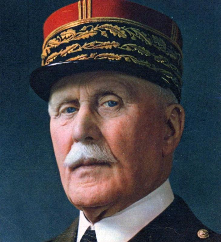 Le maréchal (1918-1940) et collaborationniste (1940-1944) Philippe Pétain condamné à mort le 19 août 1945 et frappé d'indignité nationale.