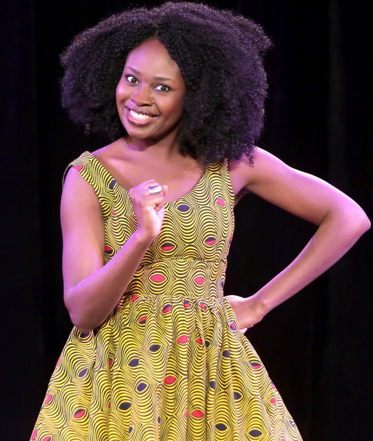Roukiata Ouedraogo - Je demande la route, au théâtre Lucernaire. Photo Fabienne Rappeneau.