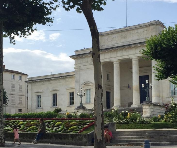 Tribunal correctionnel de Saintes